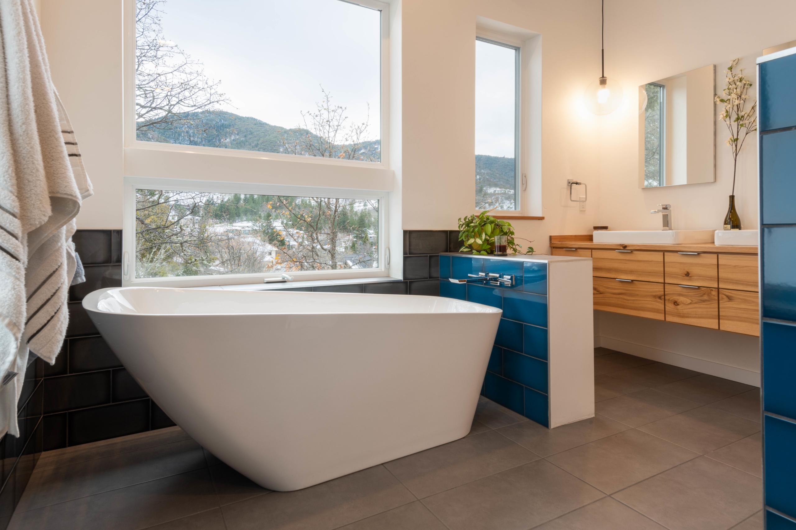 Delgado Architect Ashland Blue Tiled Bathroom